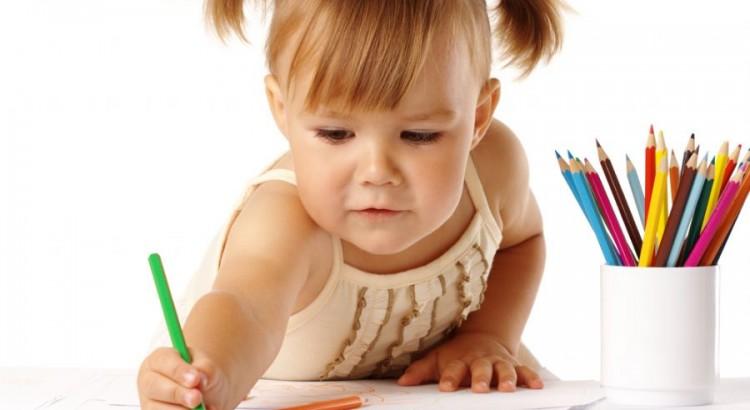 Desenhar faz bem e deve ser incentivado pelos pais, caminha empilhável, brinquedo pedagógico, playgrounds, playgrounds em Curitiba
