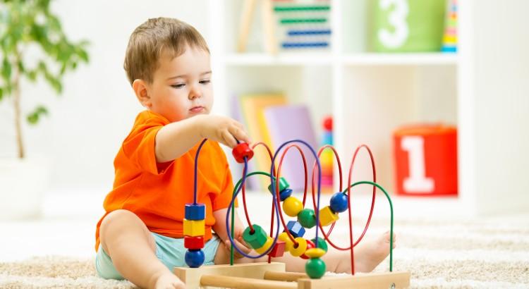 brinquedo pedagógico em curitiba,caminha empilhável,caminha de soninho,caminha portatil,brinquedo pedagogico,playground em curitiba,Playgrounds de Plástico,Playground Infantil,jogos infantis,jogo infantil,brinquedo para escola,brinquedo educativo,brinquedo de madeira, aramado, ábaco, balanço, quebra-cabeça