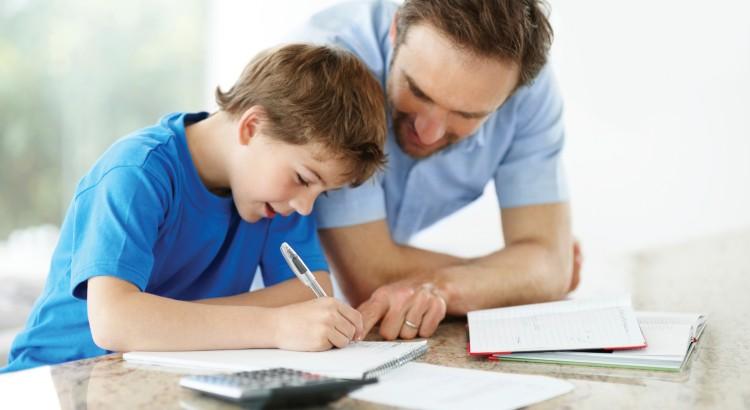 5 atitudes dos pais que prejudicam a vida escolar dos filhos