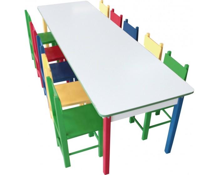 Mesa Grande Colorida com 10 Cadeiras de Madeira